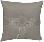 RING PILLOWS W/ FLOWER IN MIDDLE (WHITE)